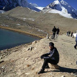 Sadiq Khan Travel Blogger