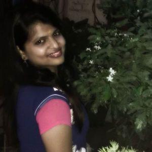 Neha Pant Travel Blogger
