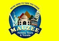 Mauzee Holiday Travel Blogger