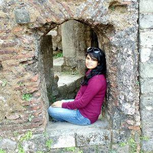 Parveen Khan Travel Blogger