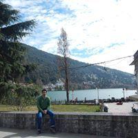 Ashish Khulbe Travel Blogger