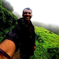Ishan Lee Travel Blogger