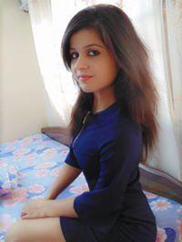 Prachi Pandey Travel Blogger