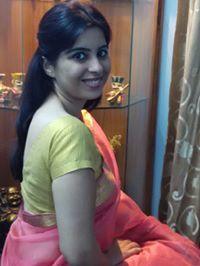 DrAayushi Rathore Travel Blogger