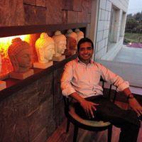 Vineet Garg Travel Blogger