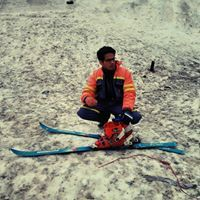 Nikhil Naik Travel Blogger