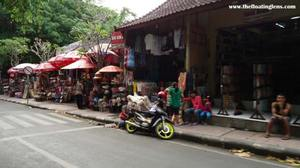 A walk through shopper's paradise of Bali