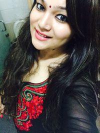 Anjali Thakur Travel Blogger