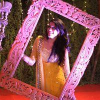 Shreya Sharma Travel Blogger