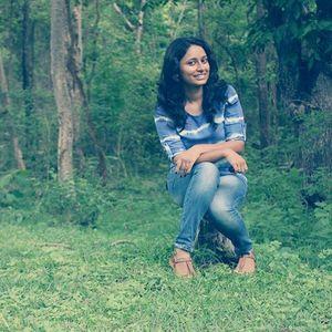 Asha Gangatgar Travel Blogger
