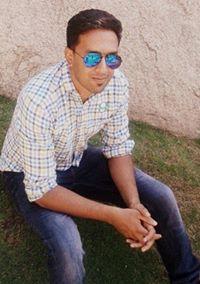 Arshaq Habib Travel Blogger