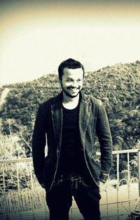 Ambuj Manohar Travel Blogger