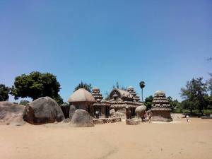 Pondicherry : The quaint little French Town in India