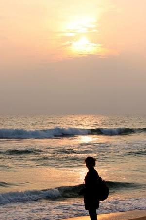 A Walk Down The Varkala Beach: Kerala