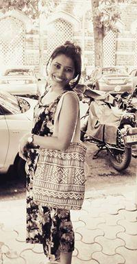 Shweta Girolla Travel Blogger