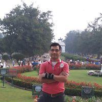 Kavi Giri Travel Blogger