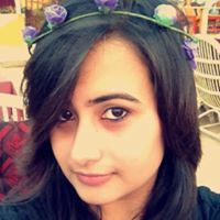 Akshita Khilani Travel Blogger