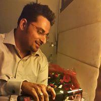 Dhruv Malhotra Travel Blogger