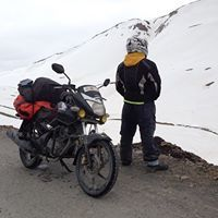 Sunny Awasthi Travel Blogger