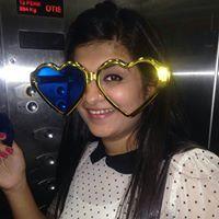 Neha Dhingra Travel Blogger