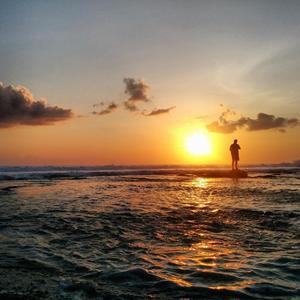 Backpacking Bali : Mega Clubs Beaches Parties and a lot Of KupuKupu Malam