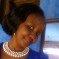 Kawira Kigunda Travel Blogger
