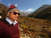 Avineet Chakraborty Travel Blogger