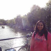 Divya Dixit Travel Blogger