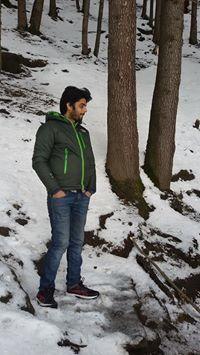 Divya Prakash Travel Blogger