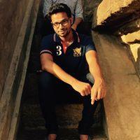 Nitish Bhardwaj Travel Blogger