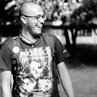 Soumin Javin Travel Blogger
