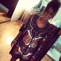 Paola Cantaboni Travel Blogger
