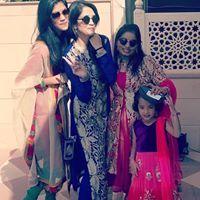 Shruti Hirawat Travel Blogger