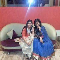 Sneha Sarthak Travel Blogger