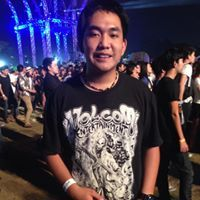 Pung Khanathat Travel Blogger