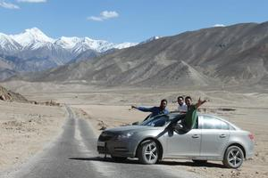 explorers..on the way to leh ladak through Srinagar..now a professional banker..forever traveller