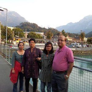 Ami Shah Travel Blogger
