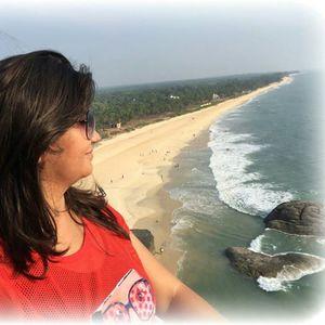 Vidhi Deliwala Travel Blogger