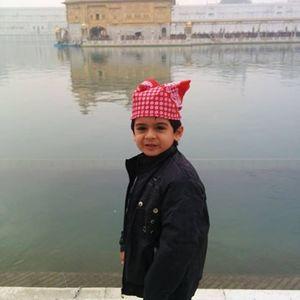 Nidhi Kakar Travel Blogger