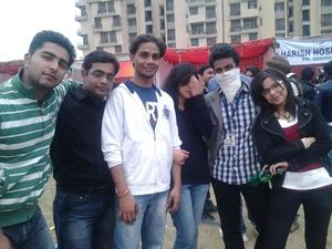 unlimited masti wid frnds at ip fest 2013