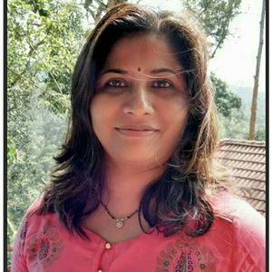 Deepali Savalekar Travel Blogger
