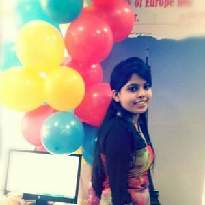 Divya Akunuru Travel Blogger