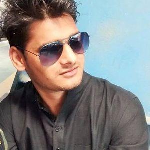 Krish Maheshwari Travel Blogger
