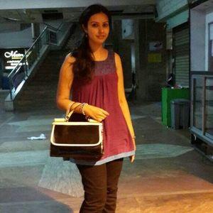 Chandni Negandhi Travel Blogger