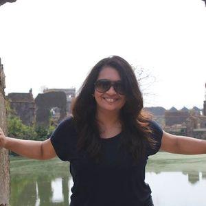 Sonali Shah Travel Blogger