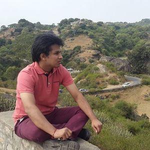 Dhruv Jhunjhunwala Travel Blogger