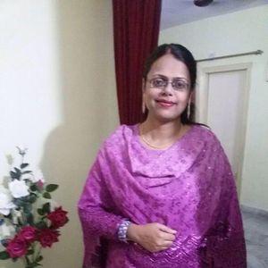 Aisha Afzal Travel Blogger