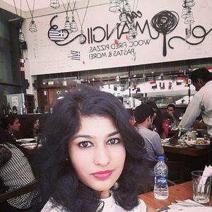 Komal Malhotra Travel Blogger