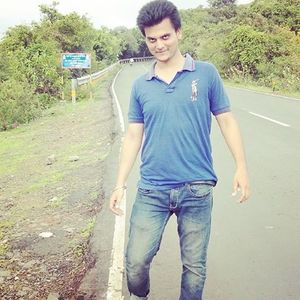 Akshit Dayal Sharma Travel Blogger