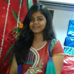Binathi Bingi Travel Blogger